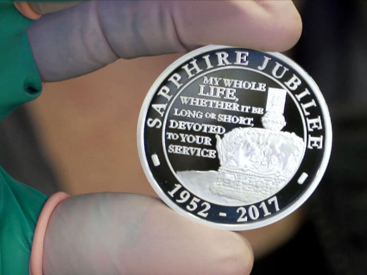 Royal Mint casts coins to mark Queen's Sapphire Jubilee